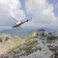 Decollo! Dal rifugio del Velo per un servizio di ripresa aerea - Take-off! From Velo mountain hut for an aerial shooting service.